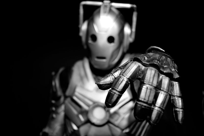 Yes_thanks_I'd_love_a_Jelly_Baby Cyberman
